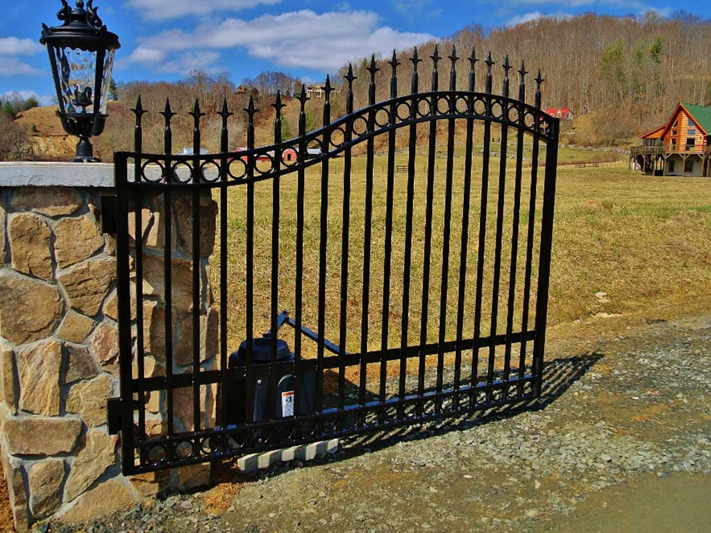 Wrought iron driveway gate in West Jefferson, NC